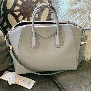 Givenchy Medium Antigona Bag - Pearl Grey